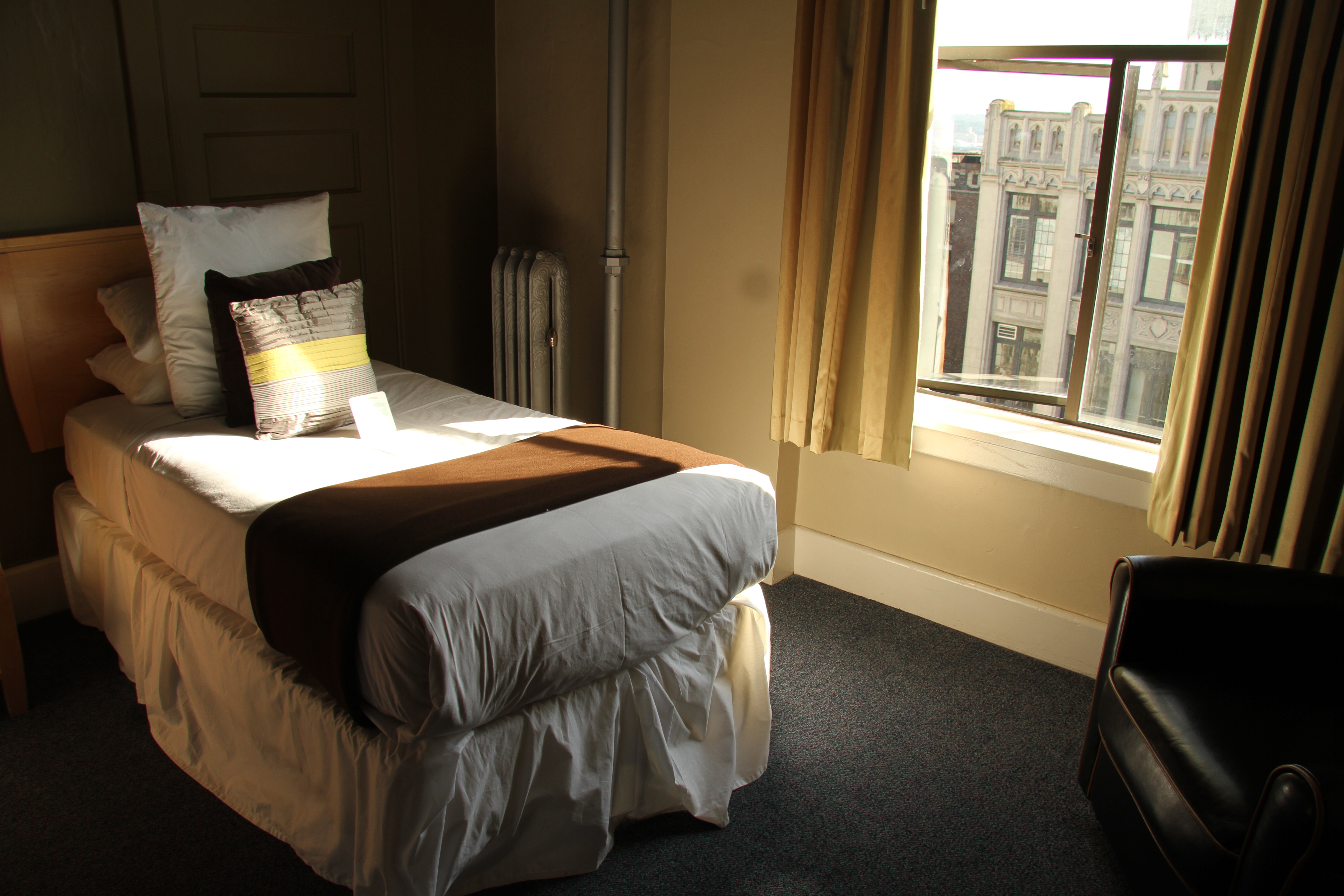 Seattle Hotel Suites 2 Bedrooms Why I Love The Moore Hotel In Seattle Bcrobyn