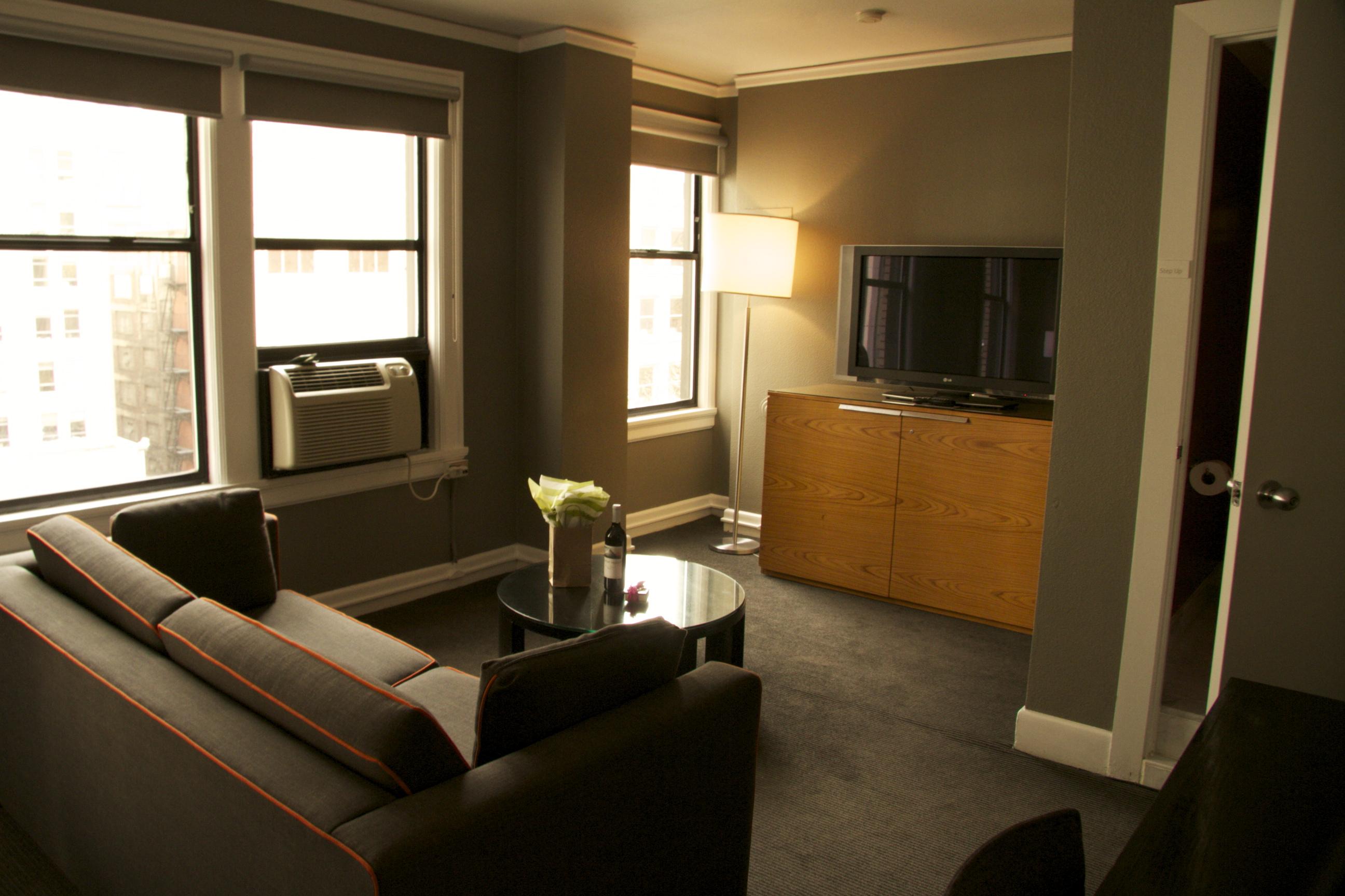 Hotel Max Suite 816