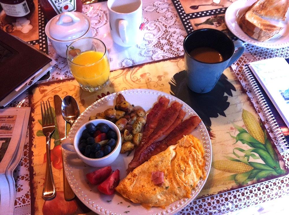 BreakfastWeeTouchofHeavenBnB