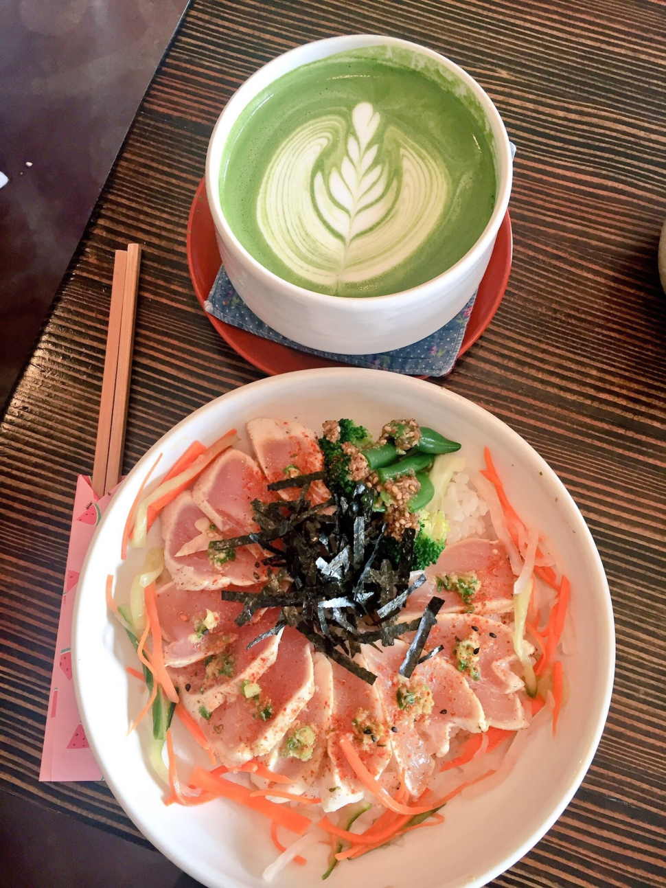 Tuna tataki and matcha latte at Basho Cafe.